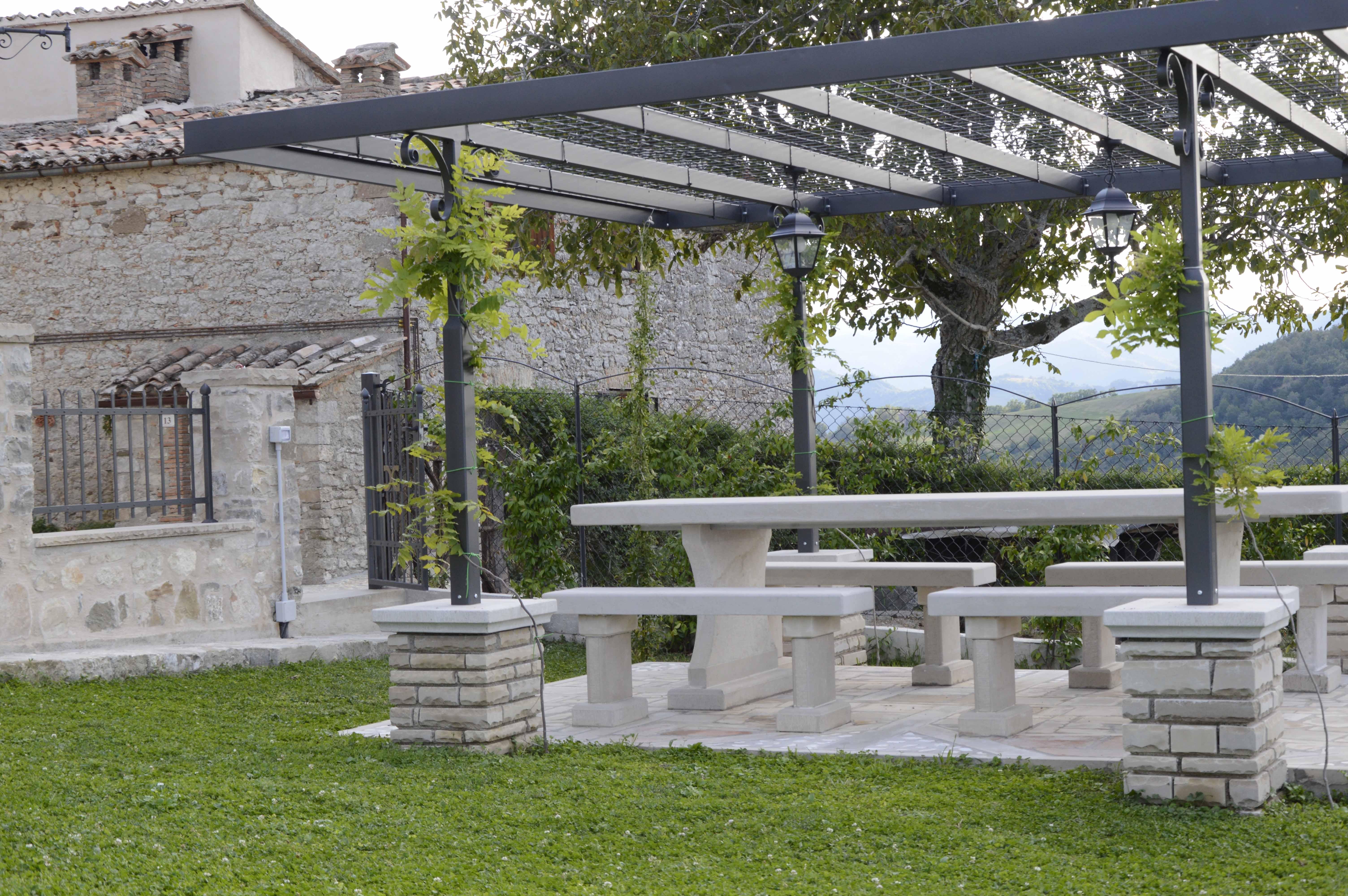 Pergolato giardino e recinto da giardino per bambini for Recinto cani leroy merlin